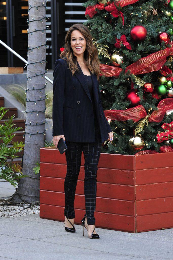 Brooke Burke Out Shopping in Malibu-5