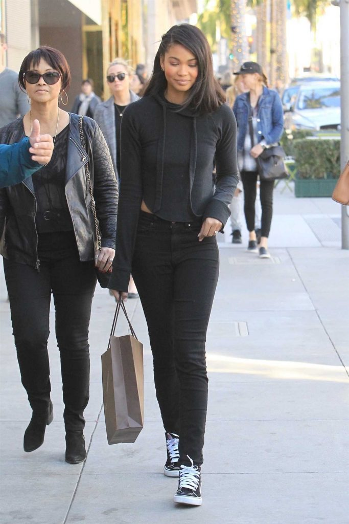 Chanel Iman Goes Shopping in Beverly Hills-2