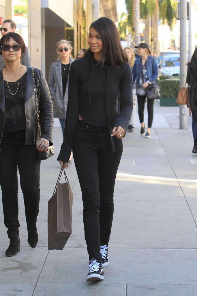 Chanel Iman Goes Shopping in Beverly Hills-3