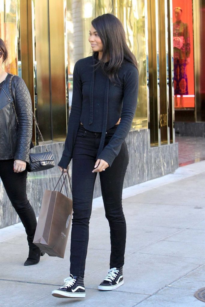 Chanel Iman Goes Shopping in Beverly Hills-5