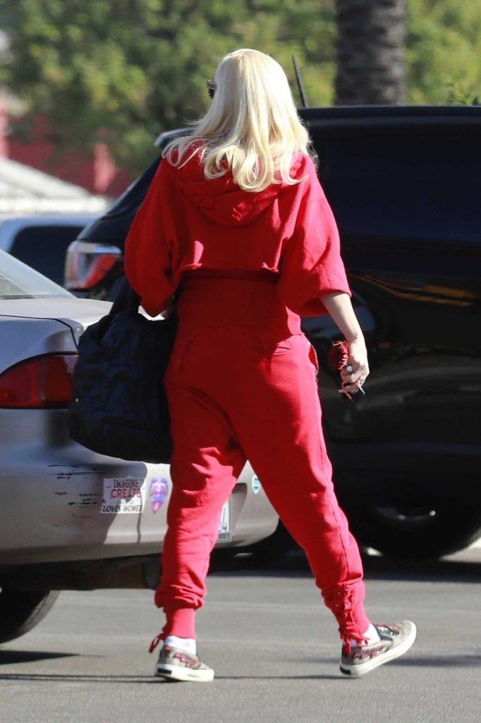 Gwen Stefani Goes Shopping in Burbank-5