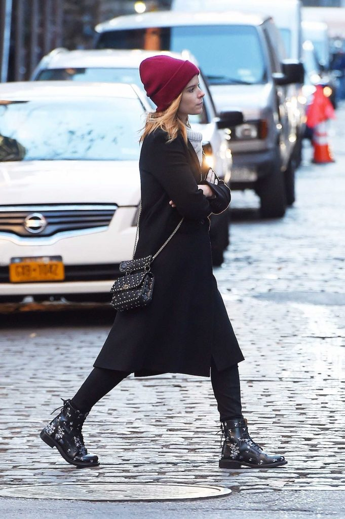Kate Mara Out for a Stroll in Soho, NYC-3