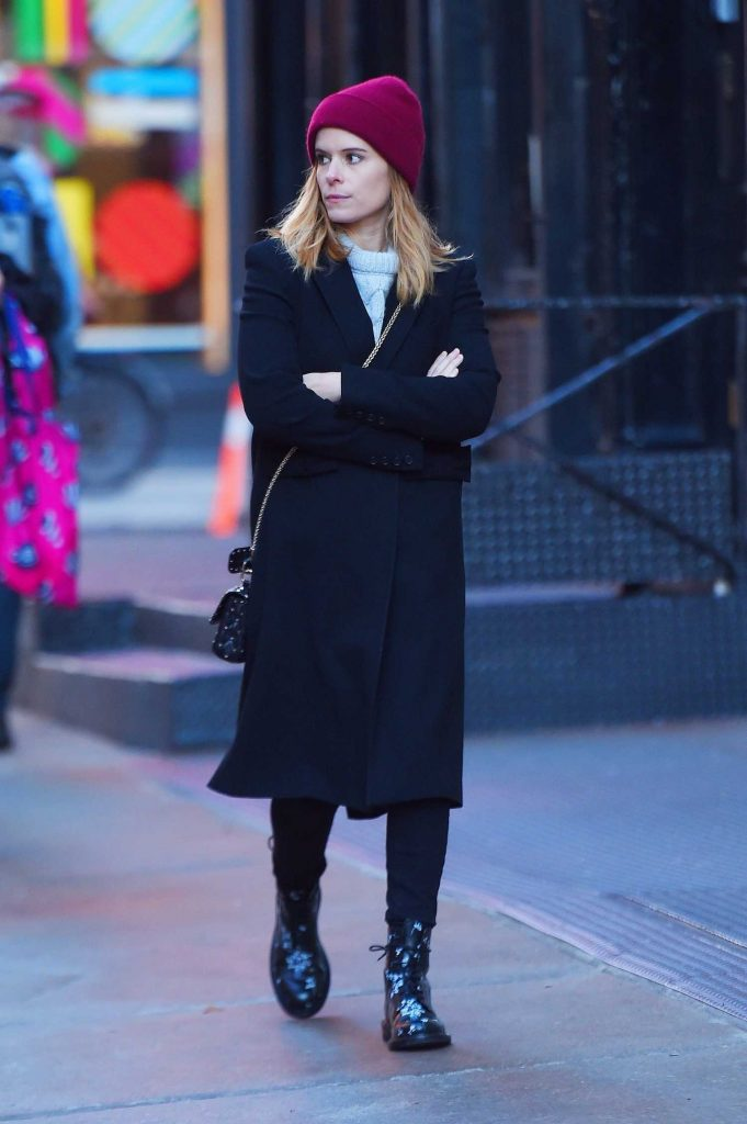 Kate Mara Out for a Stroll in Soho, NYC-4