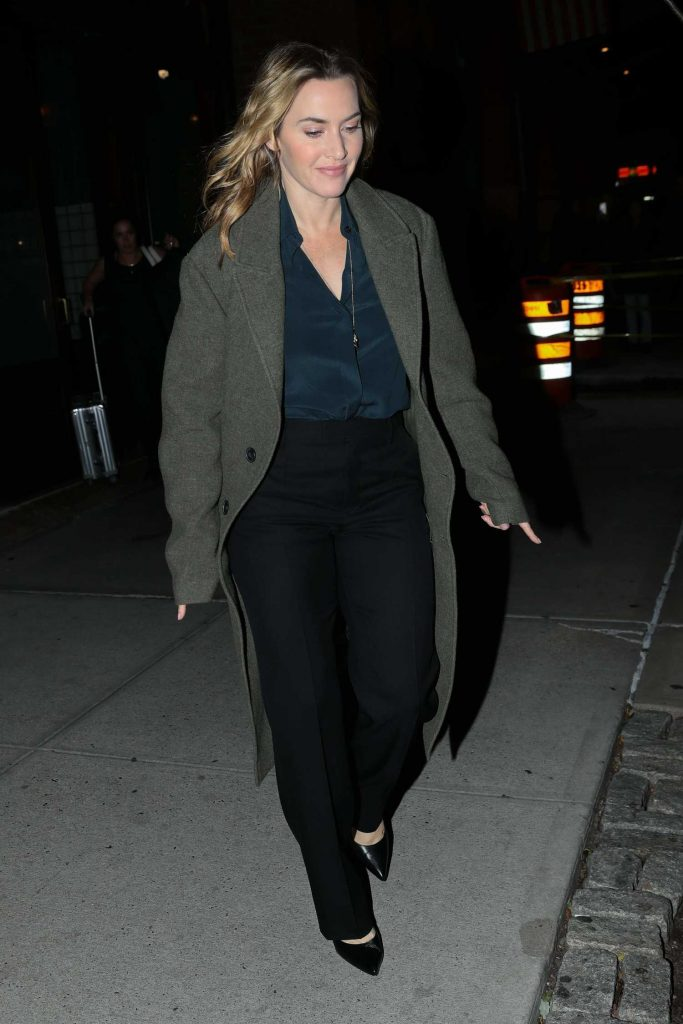 Kate Winslet Was Seen Out in New York City-5