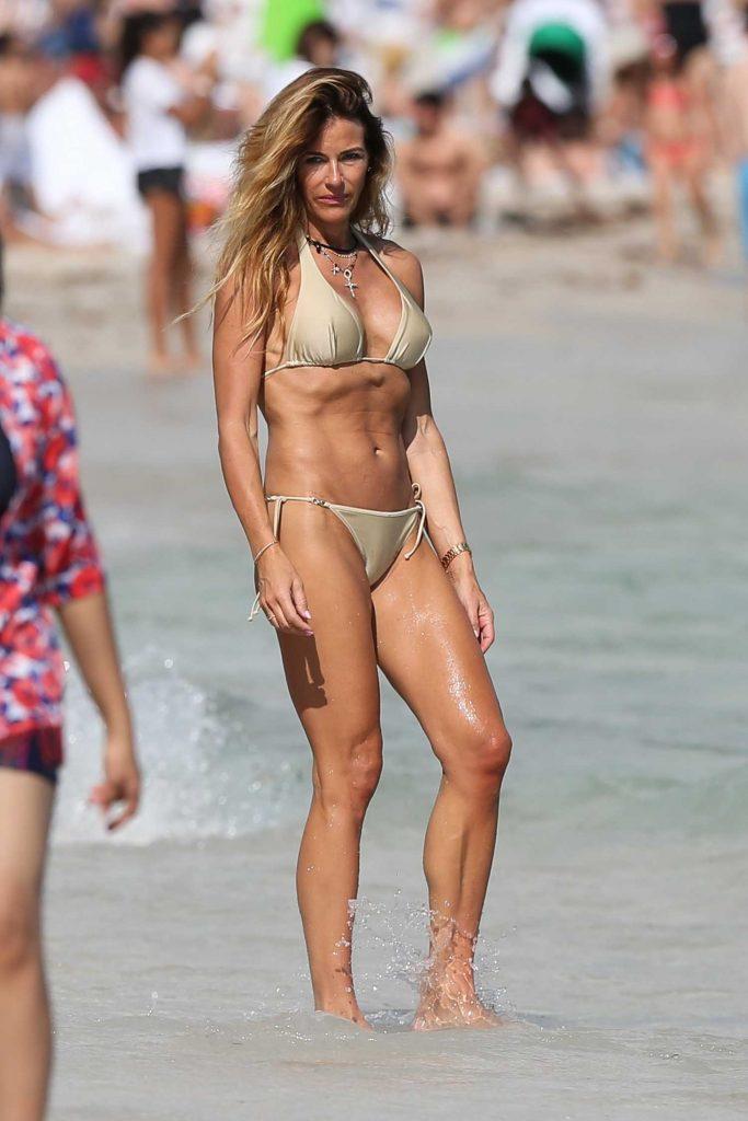Kelly Bensimon Wears a Beige Bikini at the Beach in Miami-1