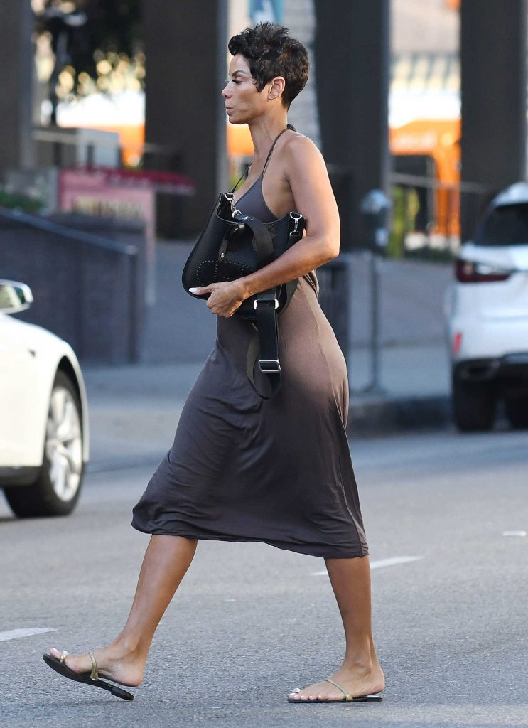 Nicole Murphy Was Spotted Out in Beverly Hills-3
