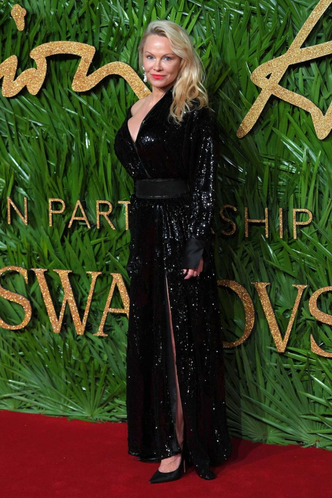 Pamela Anderson at 2017 British Fashion Awards at the Royal Albert Hall in London-4
