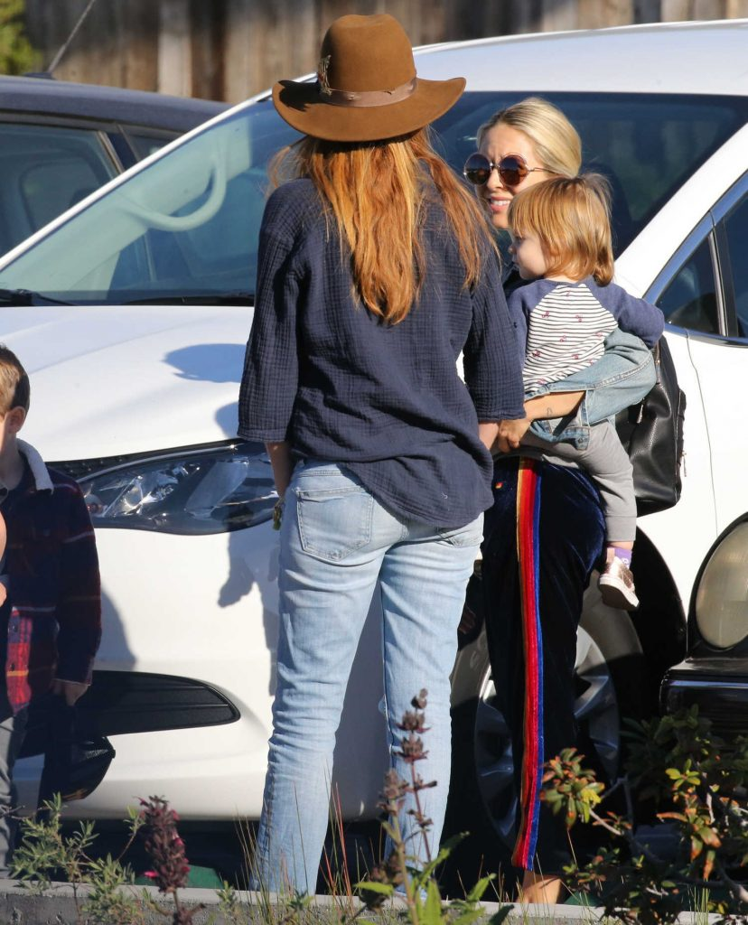 Patsy Palmer Was Spotted with Her Husband and Son in Malibu-4