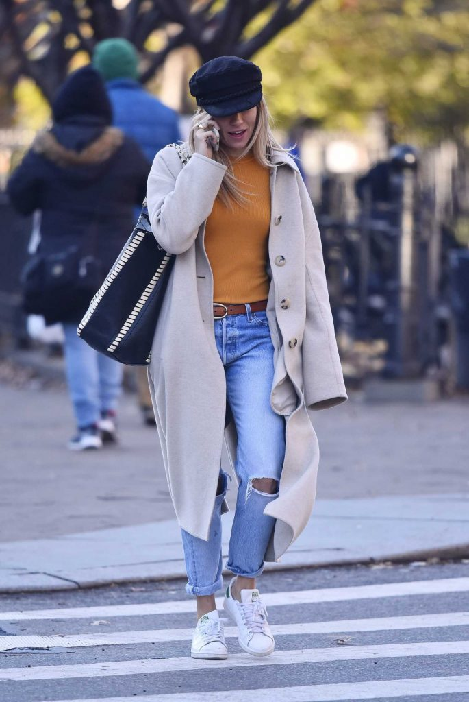 Sienna Miller Was Seen Out in New York-2
