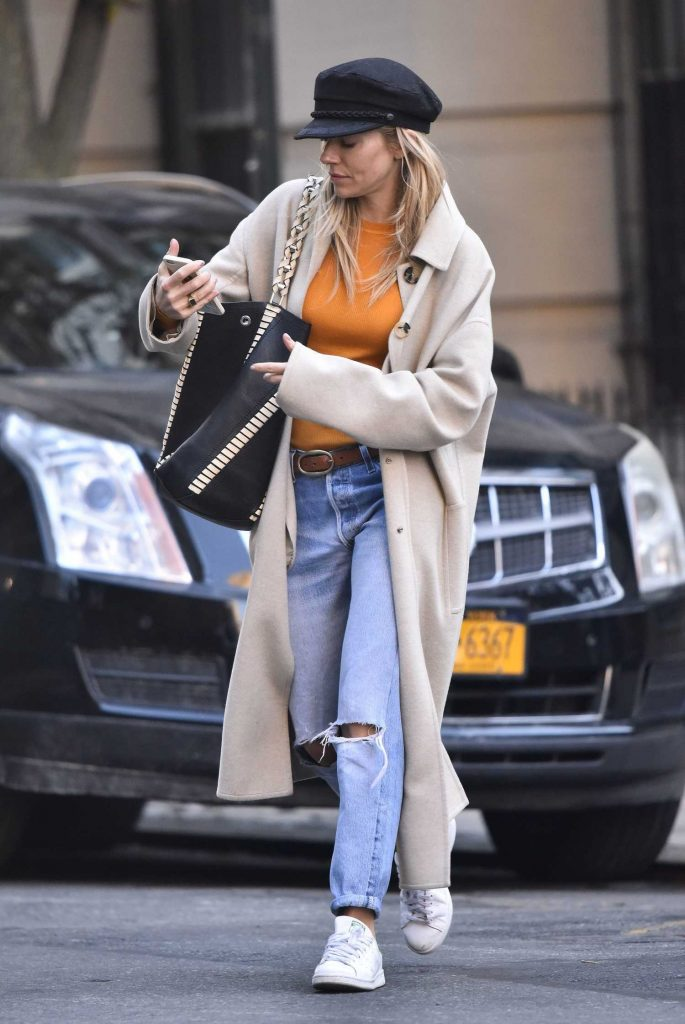 Sienna Miller Was Seen Out in New York-4