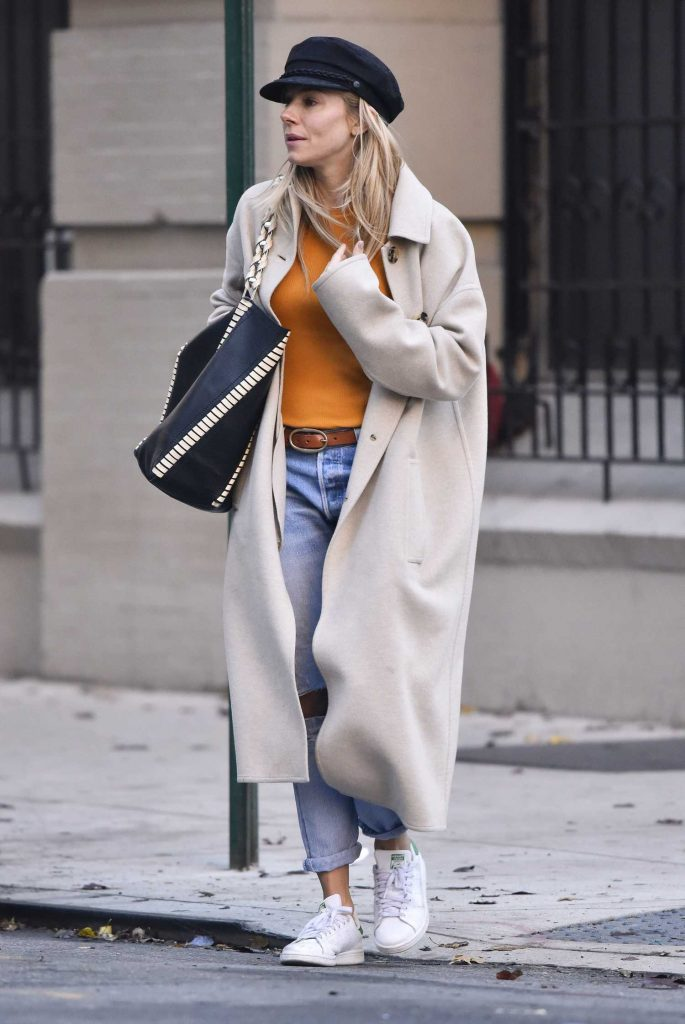 Sienna Miller Was Seen Out in New York-5