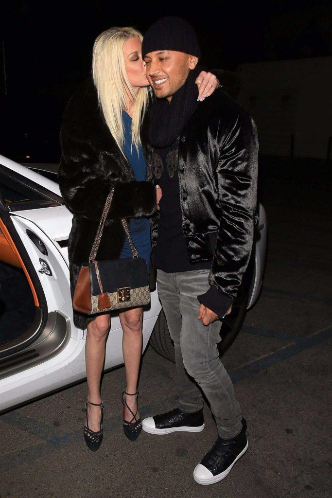Tara Reid Arrives at Craig's Restaurant in West Hollywood-4