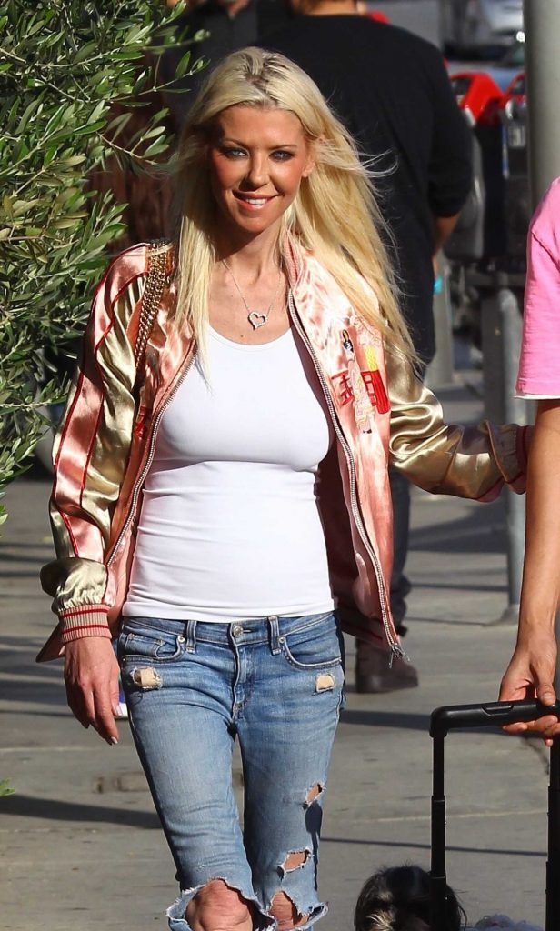 Tara Reid Leaves Catch Restaurant in West Hollywood-1