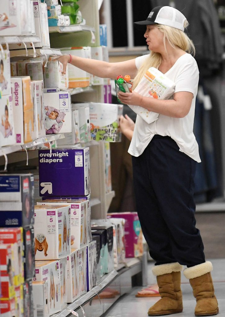 Tori Spelling Shops at Target in Woodland Hills-1