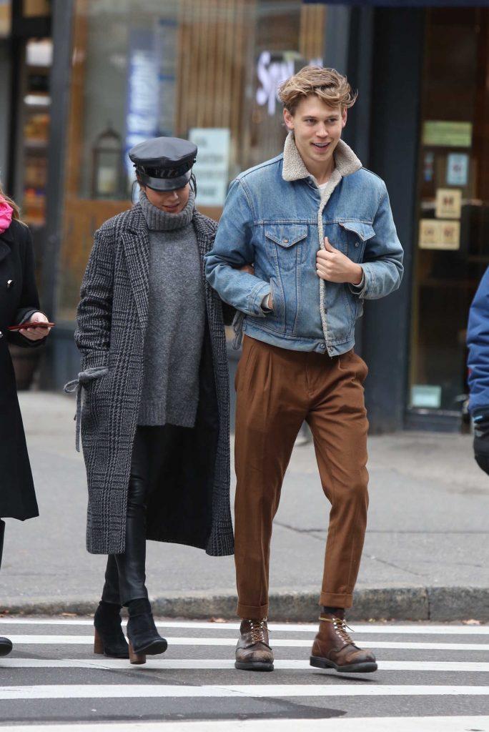 Vanessa Hudgens Was Seen With Austin Butler Out in Manhattan-1