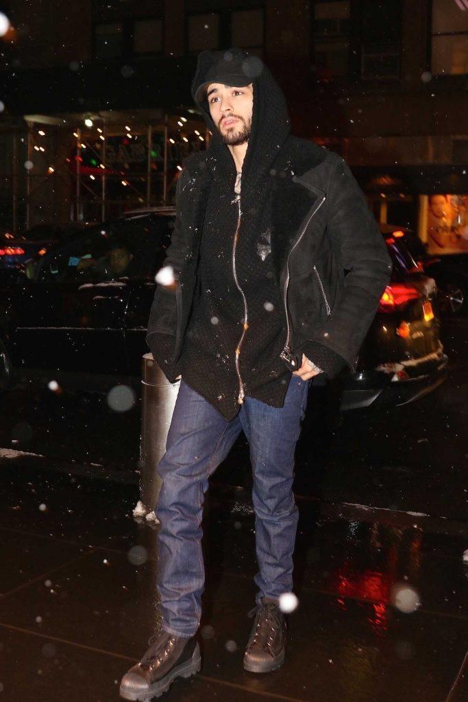 Zayn Malik Arrives at the Mandarin Oriental Hotel in Manhattan, New York-1