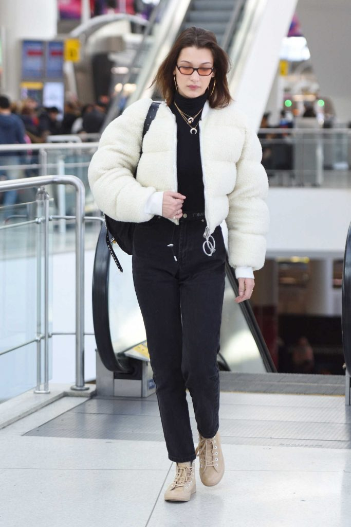 Bella Hadid Arrives at JFK Airport in New York City-2