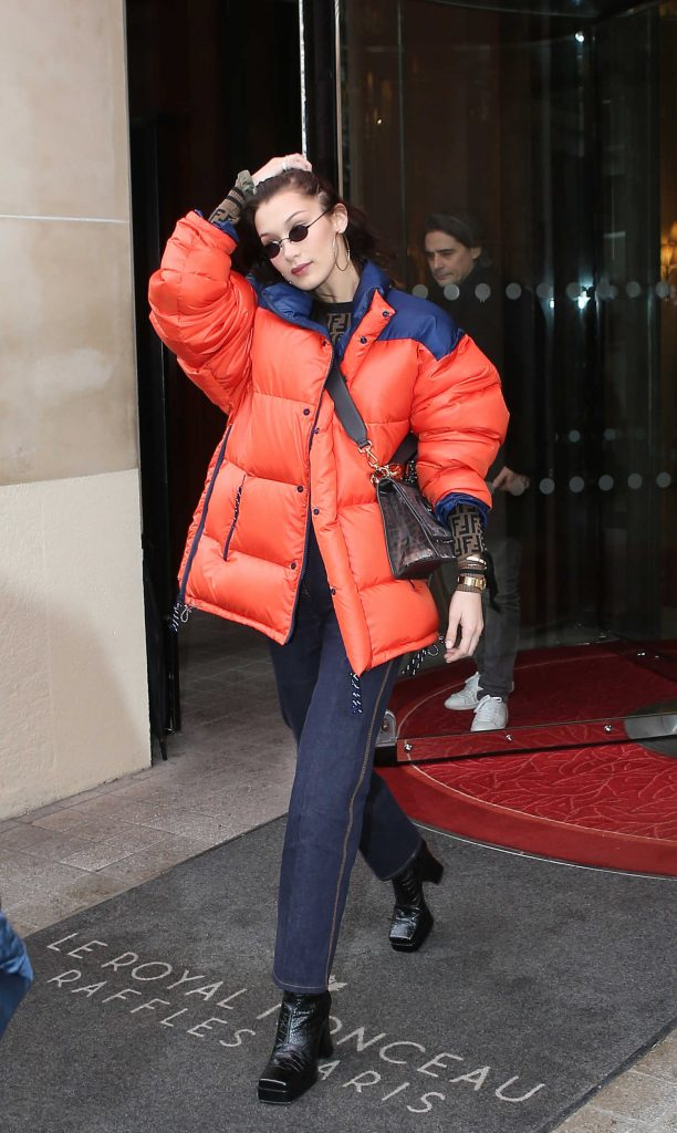 Bella Hadid Goes Shopping in Paris-1