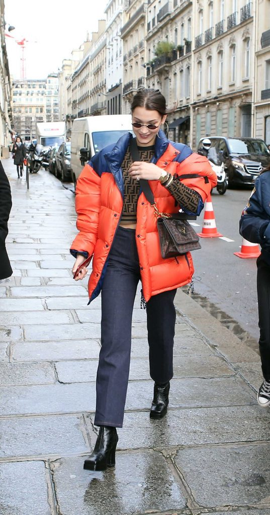 Bella Hadid Goes Shopping in Paris-5