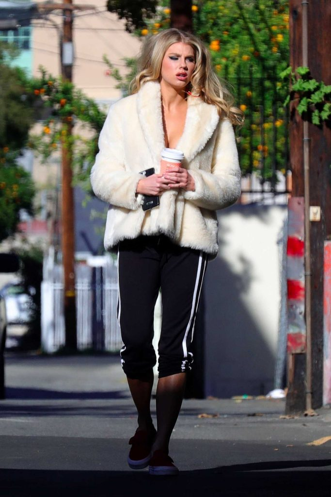 Charlotte McKinney Was Spotted Out in Los Angeles-1