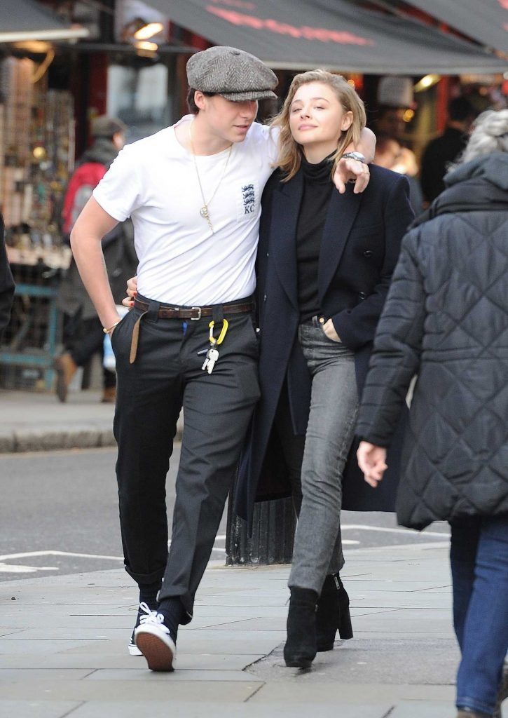 Chloe Moretz Was Spotted with Brooklyn Beckham in Notting Hill-2
