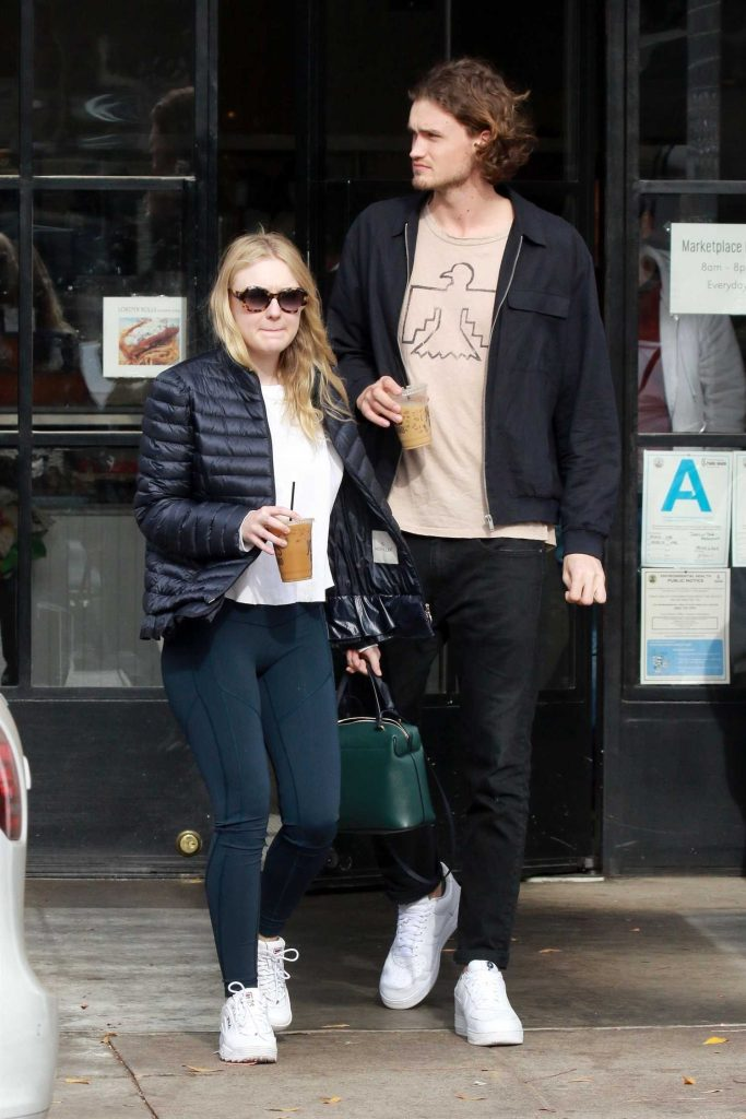 Dakota Fanning Out for lunch with Henry Frye at Joan's on Third in Studio City-1