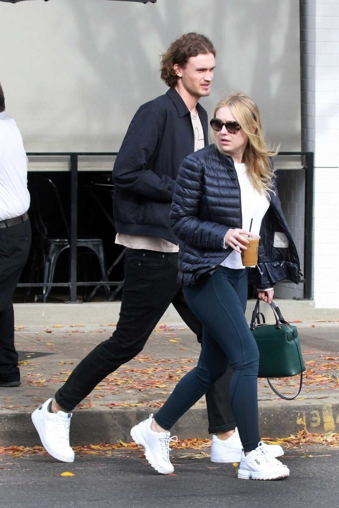 Dakota Fanning Out for lunch with Henry Frye at Joan's on Third in Studio City-3