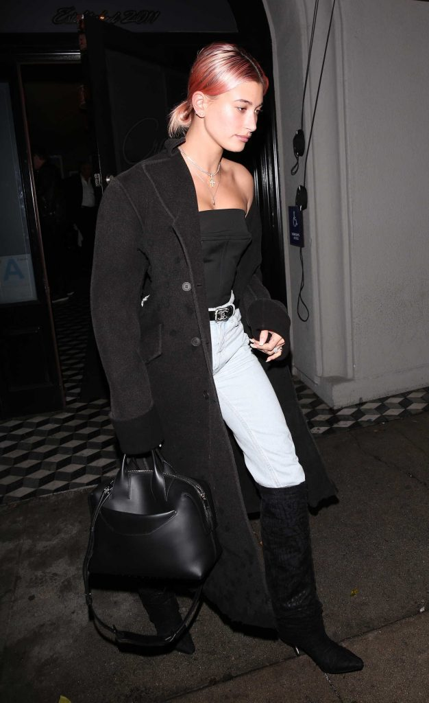 Hailey Baldwin Leaves Craigs Restaurant in West Hollywood-3
