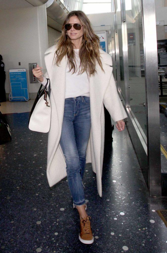 Heidi Klum Arrives at Los Angeles International Airport in LA-1