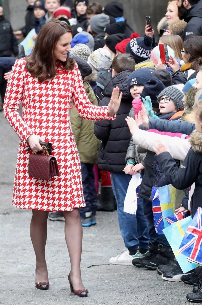 Kate Middleton Visits Matteusskolan School in Stockholm-1