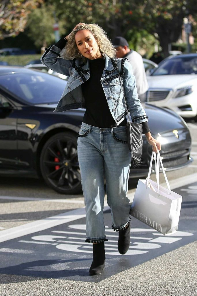 Leona Lewis Goes Shopping at Saks Fifth Ave in Beverly Hills-2