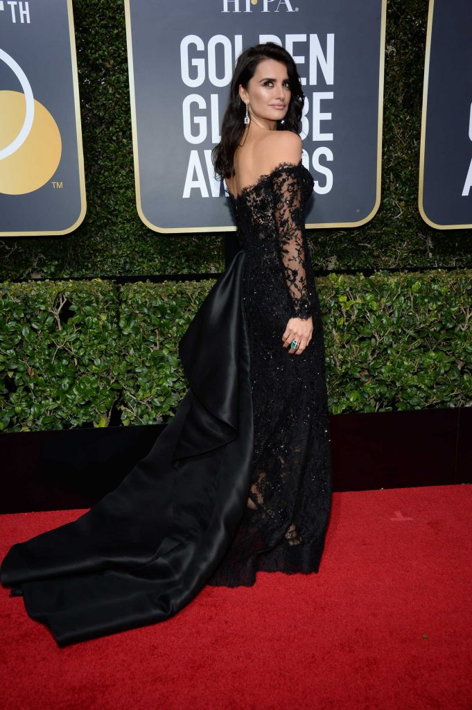 Penelope Cruz at the 75th Annual Golden Globe Awards in Beverly Hills-3
