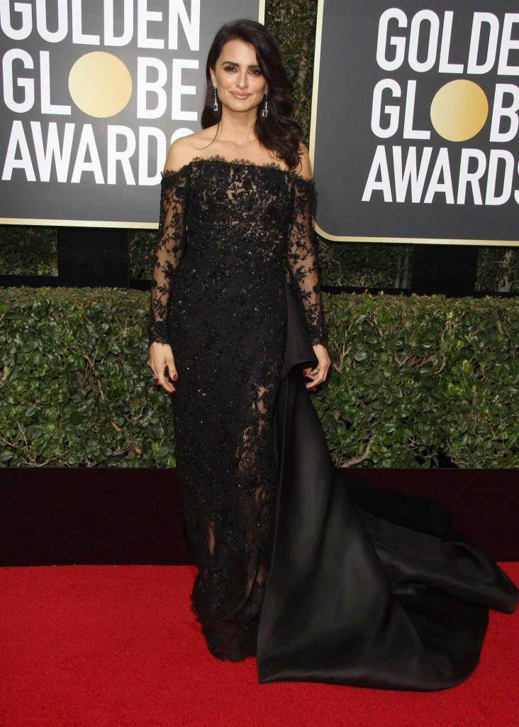 Penelope Cruz at the 75th Annual Golden Globe Awards in Beverly Hills-4