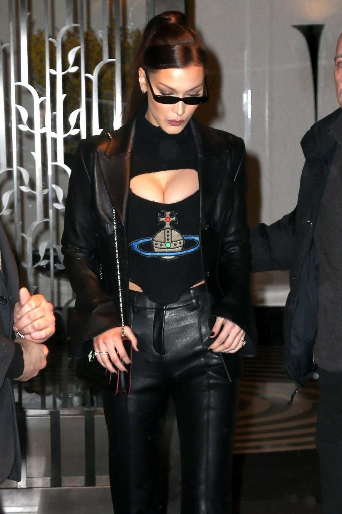 Bella Hadid Leaves Her Apartment in New York-5
