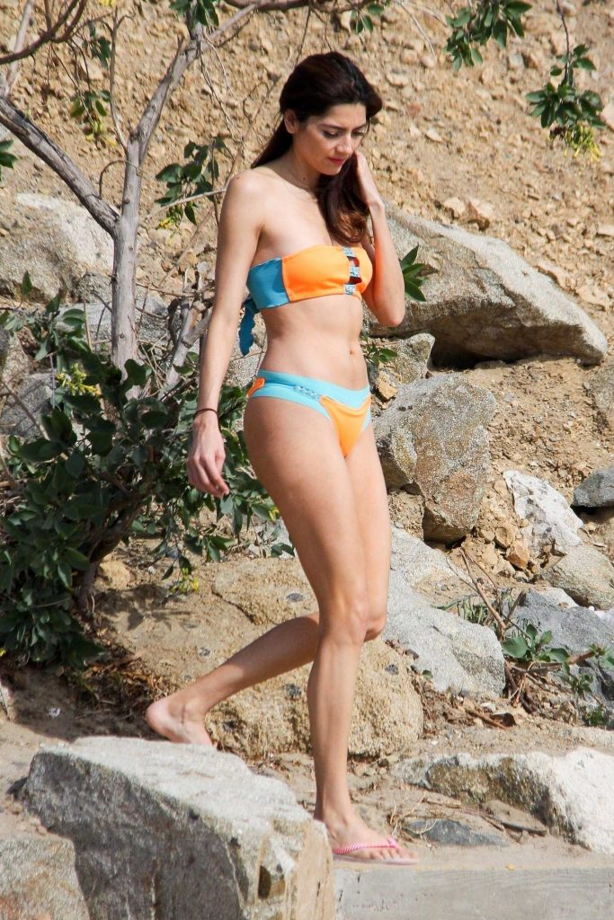 Blanca Blanco Wears a Bikini at the Beach in Malibu-4