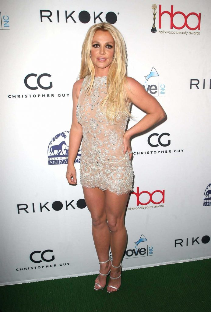 Britney Spears at Hollywood Beauty Awards in Los Angeles-1