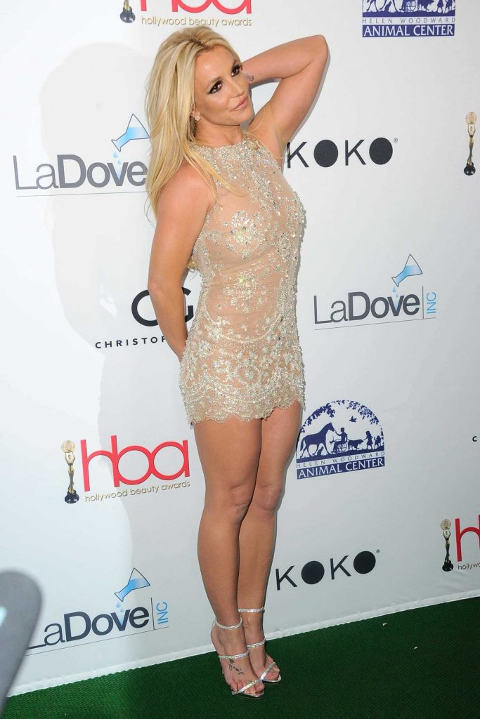 Britney Spears at Hollywood Beauty Awards in Los Angeles-3