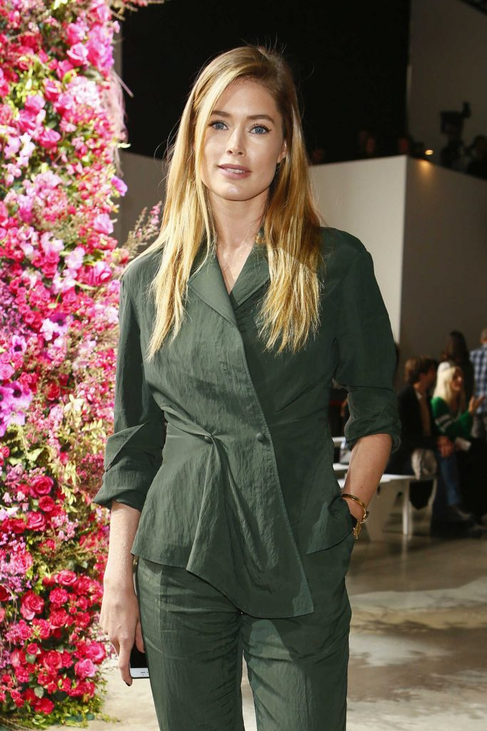 Doutzen Kroes at the Jason Wu Show During New York Fashion Week-2