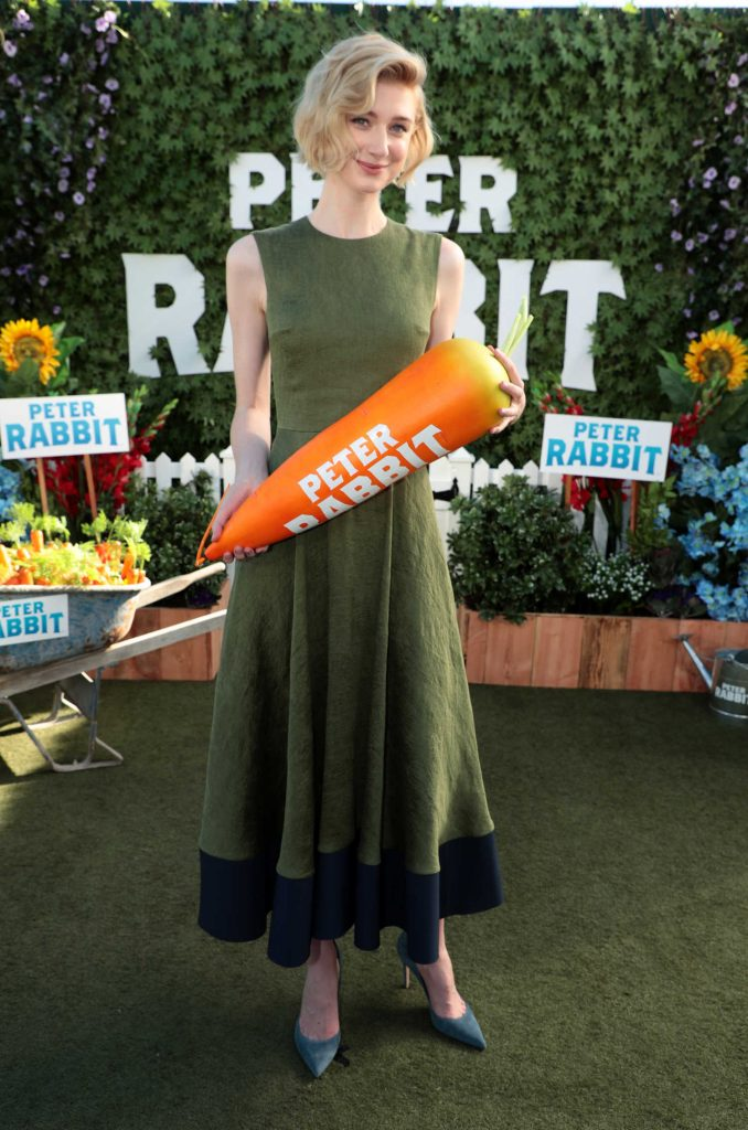 Elizabeth Debicki at Peter Rabbit Photocall in West Hollywood-2