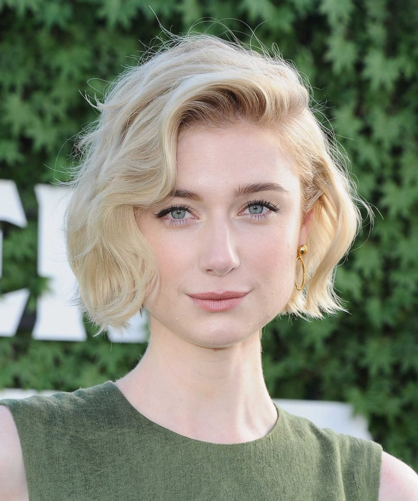 Elizabeth Debicki at Peter Rabbit Photocall in West Hollywood-5