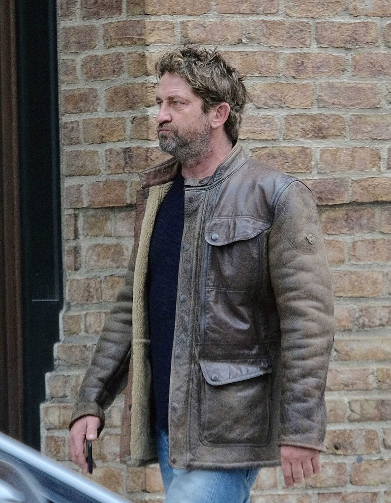 Gerard Butler Was Seen Out in Tribeca, New York-4