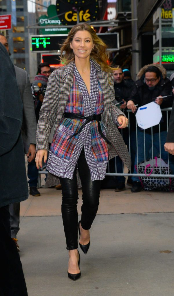 Jessica Biel Arrives at Good Morning America in New York-1