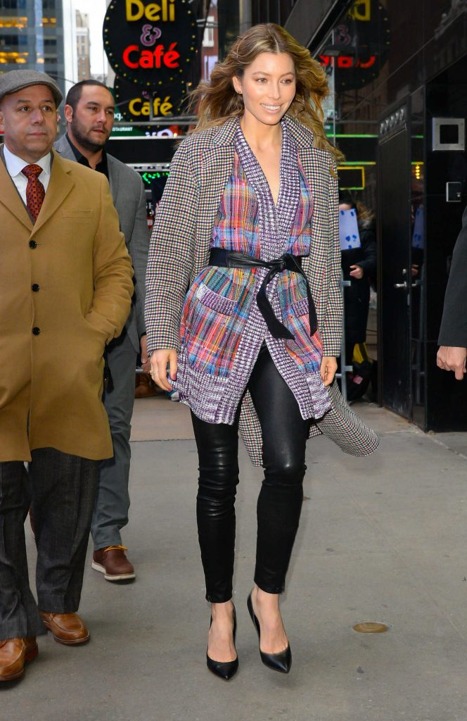 Jessica Biel Arrives at Good Morning America in New York-3