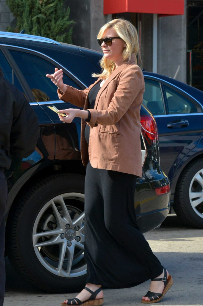 Kirsten Dunst Arrives at the Hair Salon in LA-5