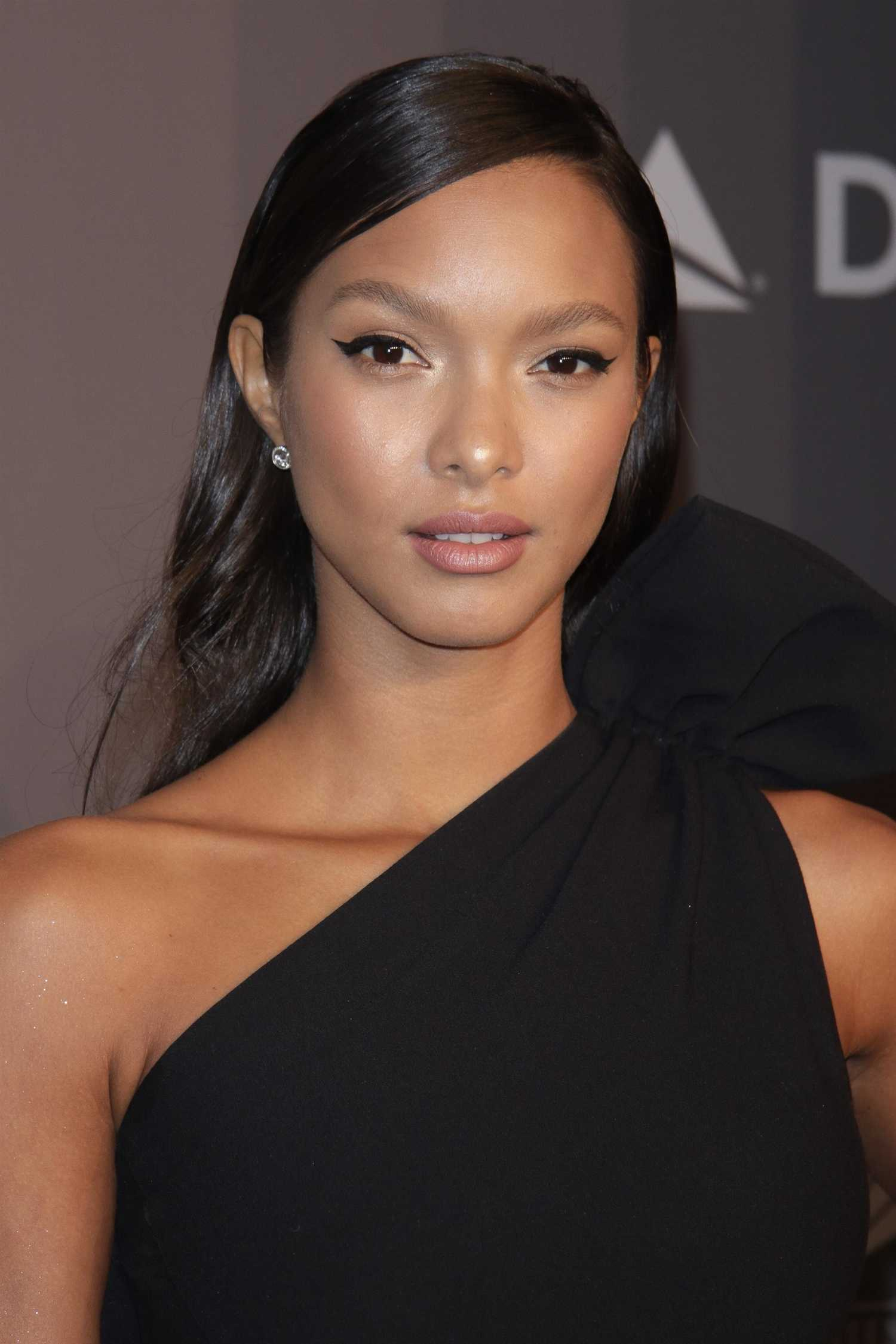 Lais Ribeiro Nude Photos 30
