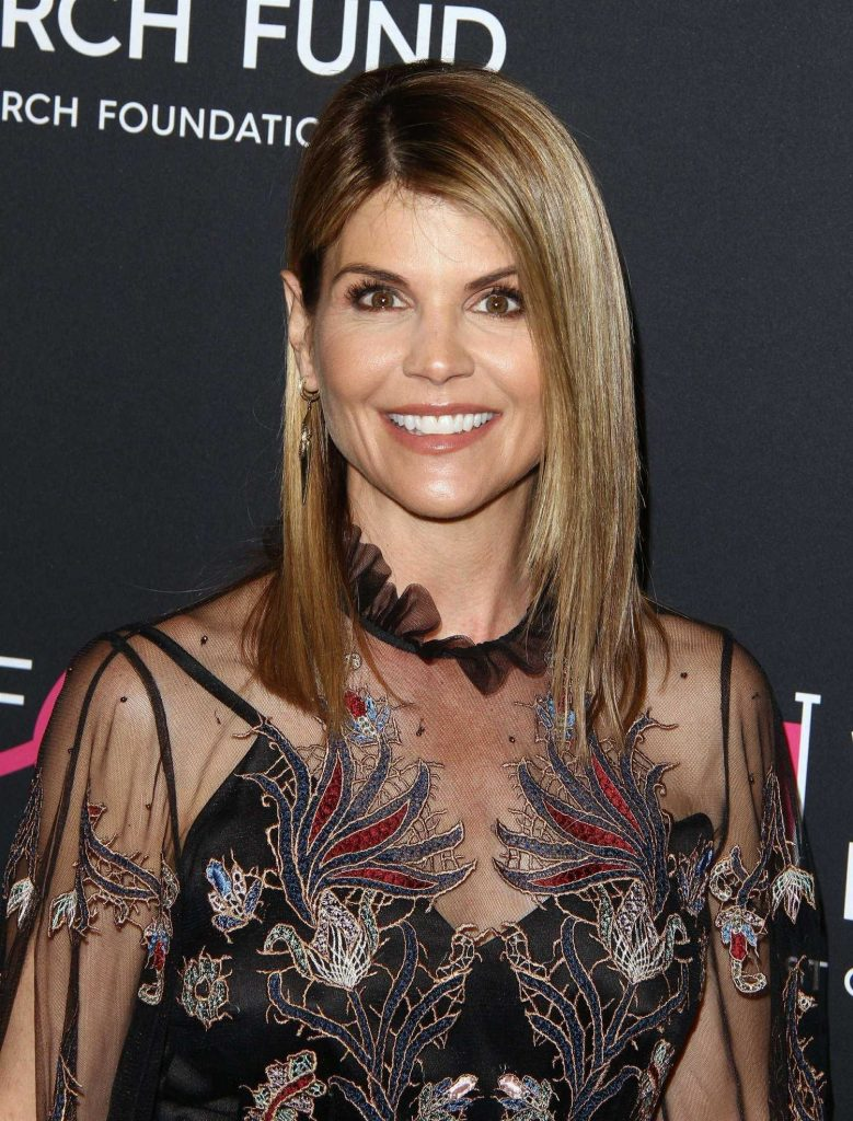 Lori Loughlin at WCRF's An Unforgettable Evening in Beverly Hills-5