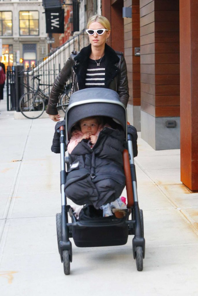 Nicky Hilton Was Spotted Out with Her Daughter Lily Grace in in Manhattan, NYC-4