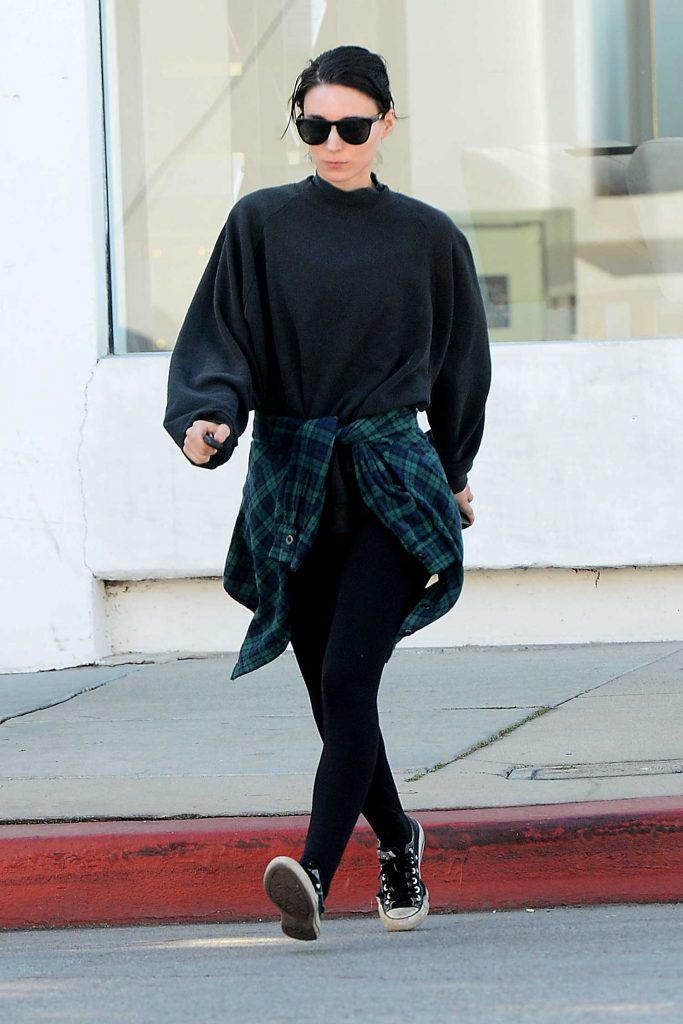 Rooney Mara Leaves a Clothing Store in West Hollywood-4