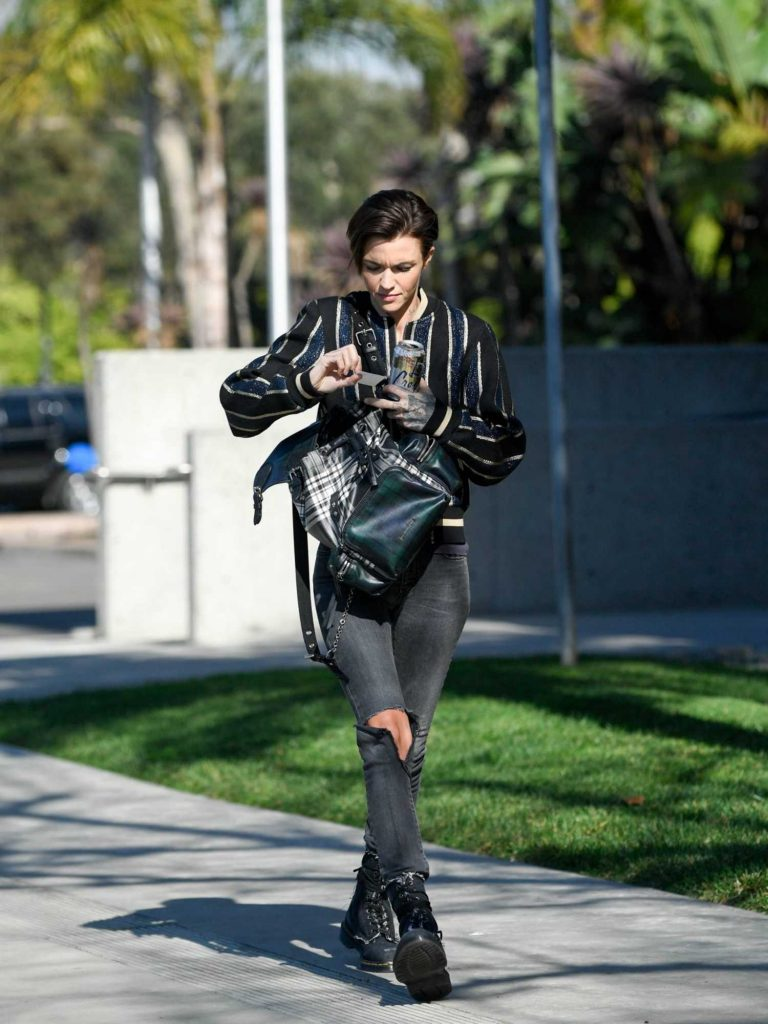 Ruby Rose Was Spotted Out in Santa Monica-4