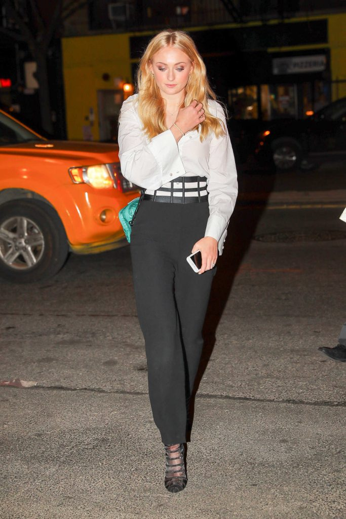 Sophie Turner Wears a Black and White Out in NYC-2